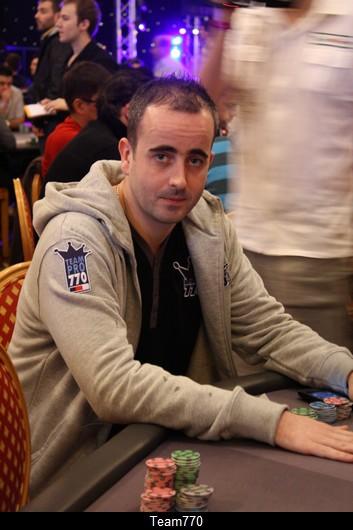Julien «junaldo» Riou joue 3 coups en ce début de Day 3 et passe à 177 K
