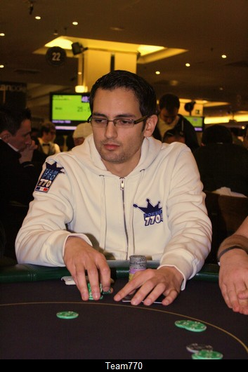 Jamel passe chip-leader