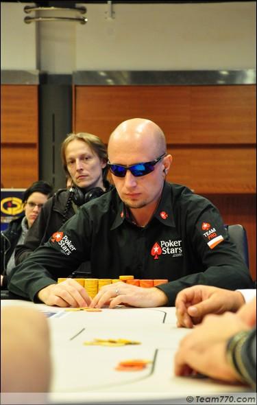 Marcin Horecki éliminé en troisième place (€ 247,000)