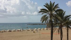 La plage devant le Casino de Barcelone